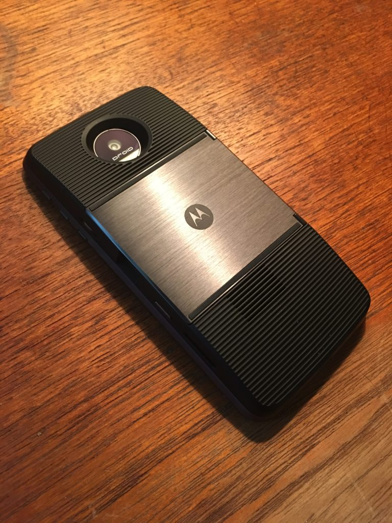 Moto Z Force Droid with Insta-Share Projector Mod